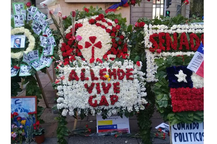 Homenaje a Salvador Allende